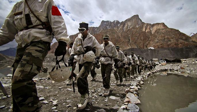 Война из-за «Белого оврага»: как Индия и Китай готовятся к схватке
