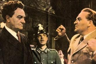 Стефан Савов в роли Георгия Димитрова и Юрий Аверин в роли Германа Геринга в кадре из фильма «Урок истории» (1957)