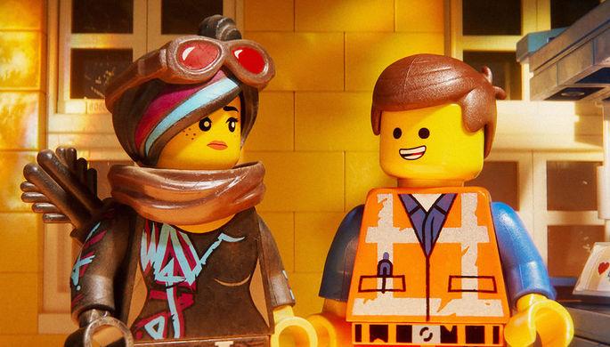 Бабушка не справилась с «Лего»: на что пойдут в России