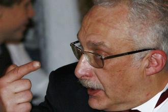 Магистр игры «Что? Где? Когда?» Александр Друзь во время мероприятия в Москве, 2011 год
