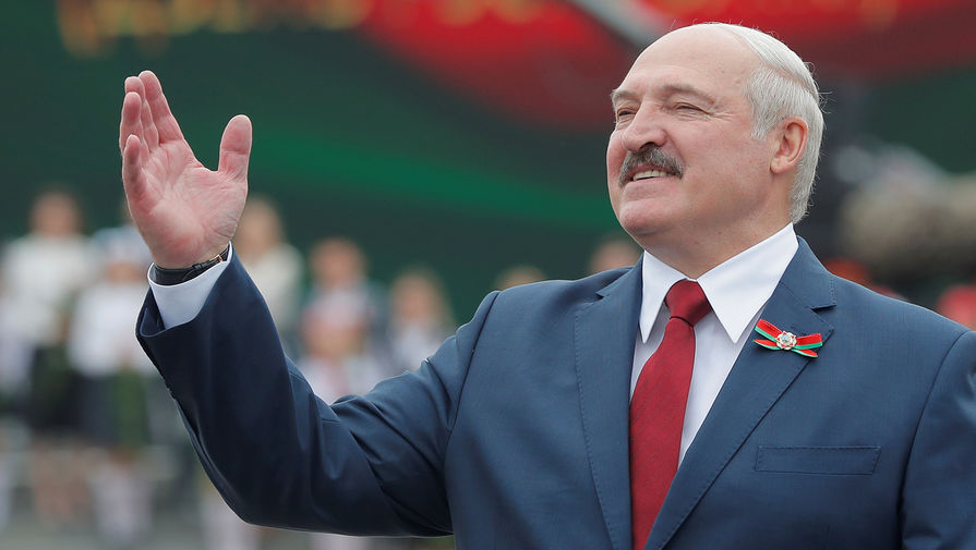 Песков сообщил, что Путин не заразился коронавирусом от Лукашенко