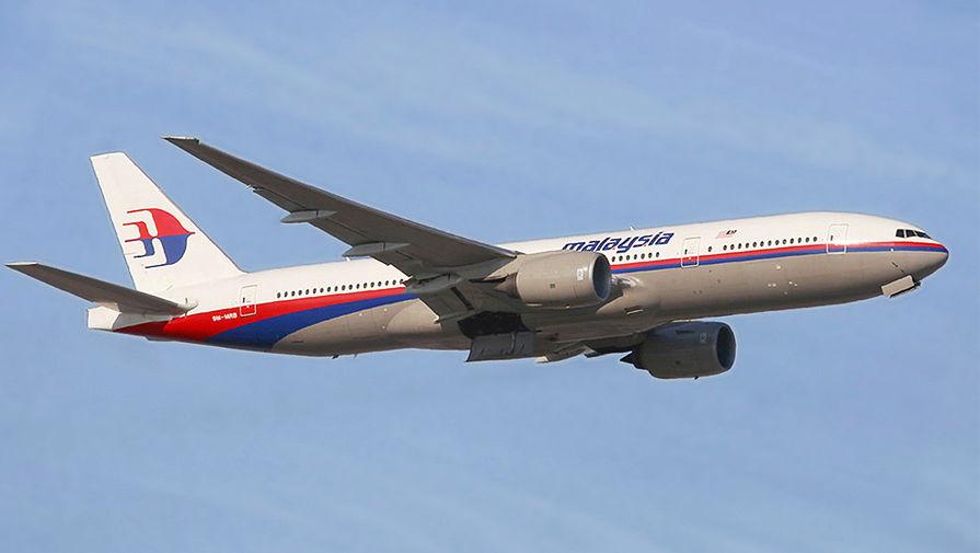 Летящий над океаном MH370