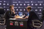 Карлсен победил Карякина на тай-брейке и остался чемпионом мира по шахматам