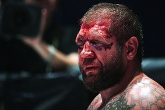 Российский боец смешанных единоборств (MMA) Александр Емельяненко