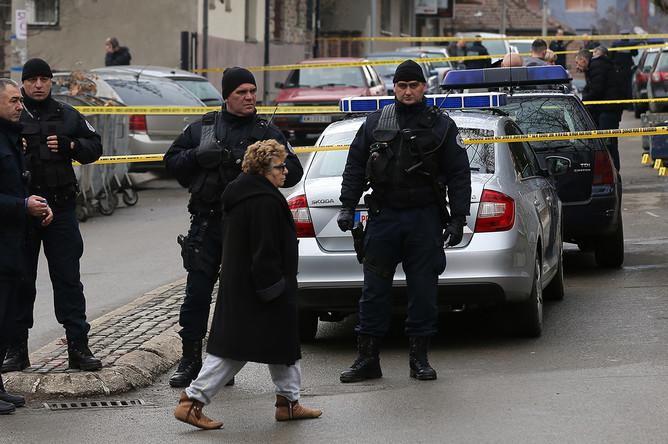 Место убийства Оливера Ивановича в Лидер косовских сербов Оливер Иванович около офиса движения «Свобода, демократия, правда» в городе Косовска-Митровица, 16 января 2018 года