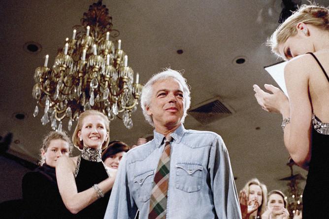 Ральф Лорен во время показа своей коллекции в Нью-Йорке, 1987 год