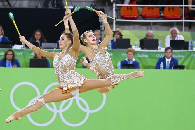 Российские девушки бьются за первую золотую медаль для России