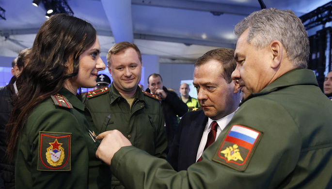 Будут ли менять порядок присвоения звания старшего лейтенанта, прояснило Минобороны