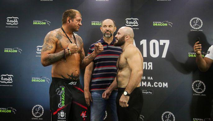 Александр Емельяненко в поединке в тяжелом весе (до 120 кг) против Магомеда Исмаилова в рамках турнира Absolute Championship Akhmat (ACA) 107 в Сочи.