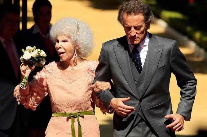 Герцогиня Альба с супругом, 2011 год