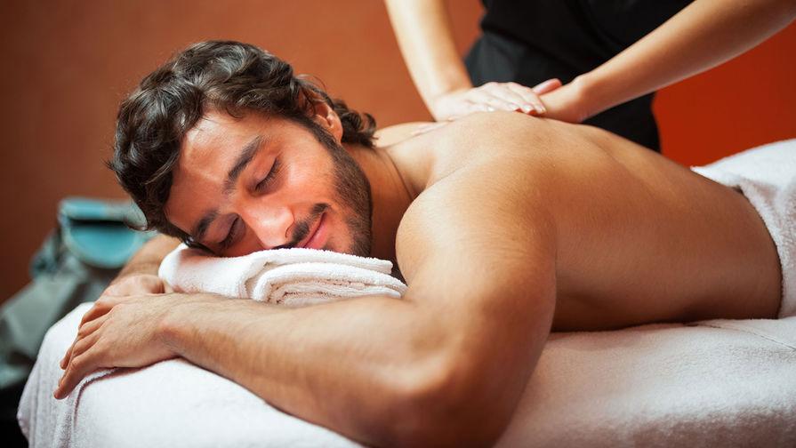 Как мужчины осваивают бьюти-процедуры