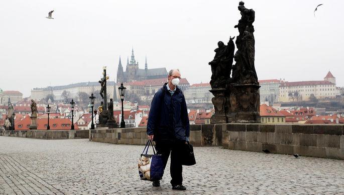 Хаос из-за COVID-19: почему в Чехии не верят властям