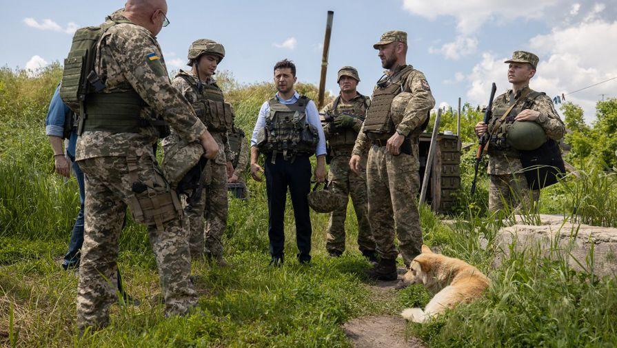 Две войны: Зеленский пожаловался сенатору США на Россию