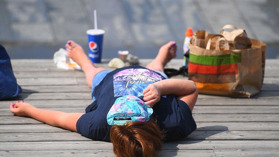 Роструд призвал сокращать рабочий день в жару