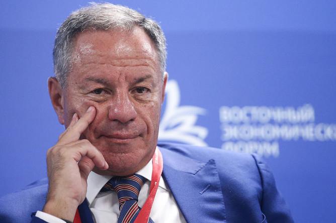 Генеральный директор, председатель правления АО «Корпорация «МСП» Александр Браверман во время сессии «Малое и среднее предпринимательство как движущая сила экономического роста» в рамках Восточного экономического форума во Владивостоке, 5 сентября 2019 года