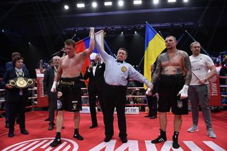 Российский боксер Александр Поветкин одержал победу над украинцем Андреем Руденко