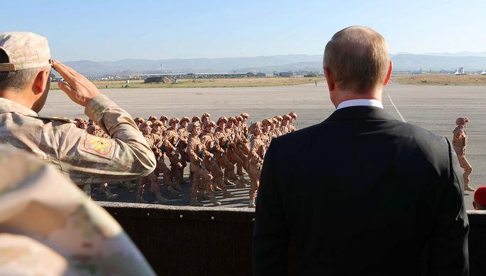 Владимир Путин во время посещения авиабазы «Хмеймим» в Сирии, 11 декабря 2017 года