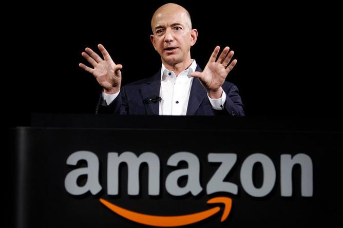 Основатель Amazon Джефф Безос, 2012 год