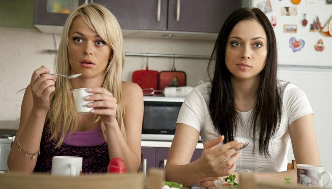 «Универ», «Папины дочки», «Кухня»: как адаптируют российские сериалы