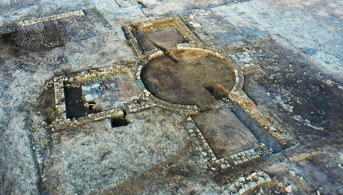 В Англии откопали уникальное римское святилище. В тот же день его разграбили вандалы