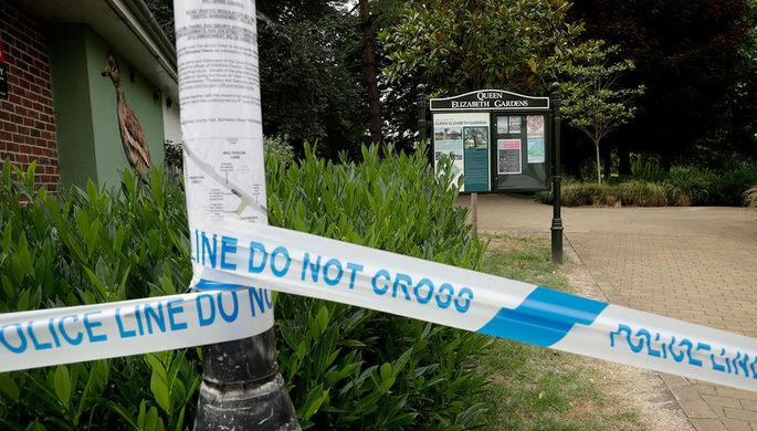Полицейское оцепление около парка королевы Елизаветы после инцидента с отравлением в Эймсбери, 4...