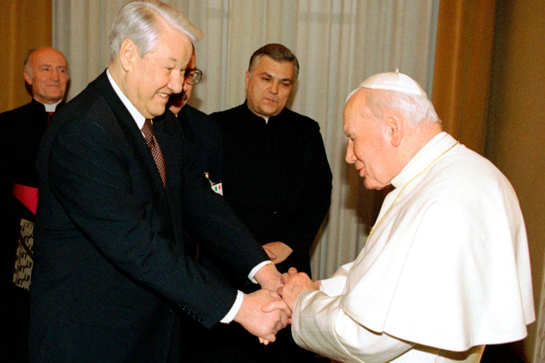 Картинки по запросу ельцин и папа римский