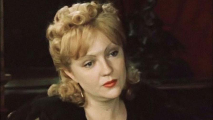 Источник назвал причину смерти актрисы Екатерины Градовой