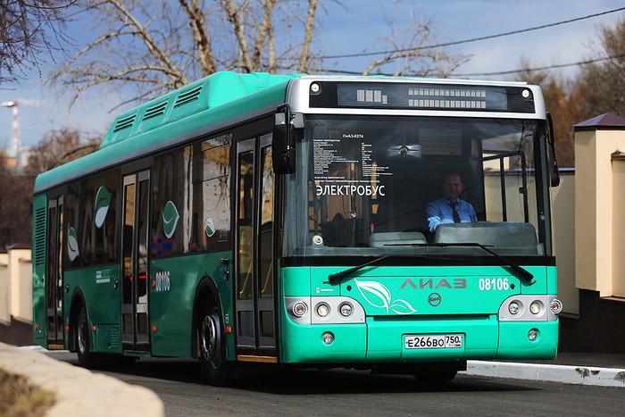 Первый российский электробус на территории 8-го автобусного парка