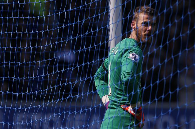 Давид де Хеа пропустил три мяча в матче с «Эвертоном»