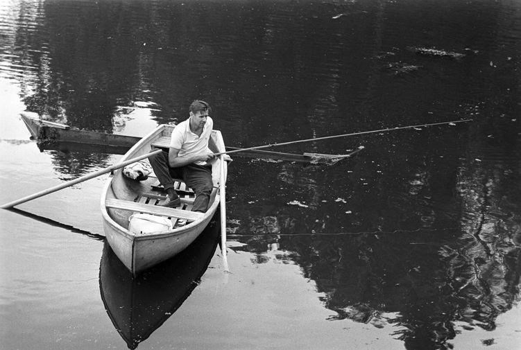 Лев Яшин на рыбалке, 1969 год