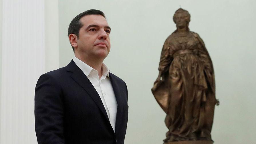 Ципрас поздравил премьера Македонии с изменением названия страны