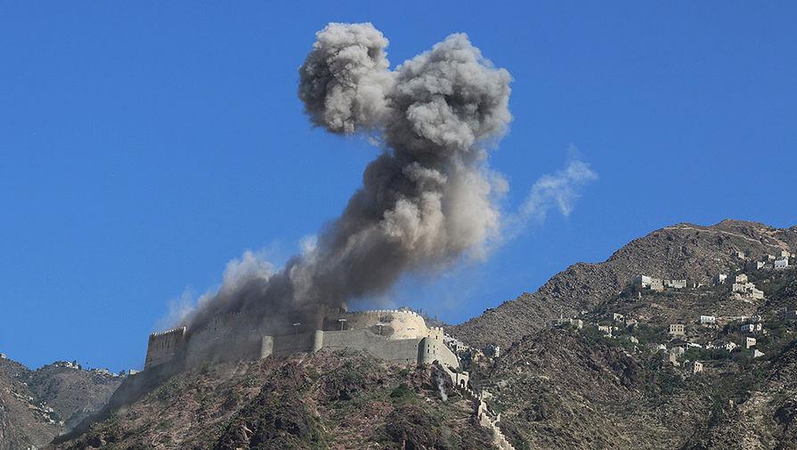 Ракетная атака на танк Т-34-85 в Йемене попала на видео