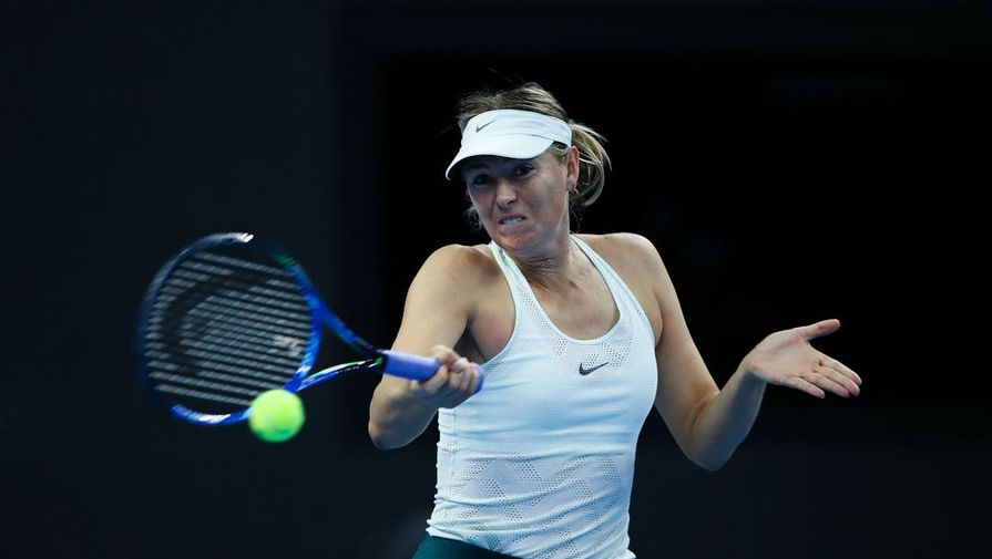 Шарапова проиграла Гарсии в первом круге турнира в Штутграте