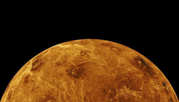 «Исключили из рассылок»: лунную станцию обсуждают без России