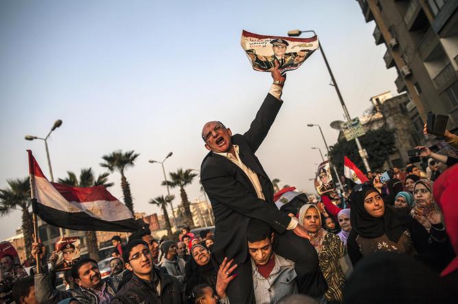 В Египте в первый день референдума погибли 10 человек