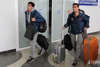 Футболисты симферопльской «Таврии» на чемоданах