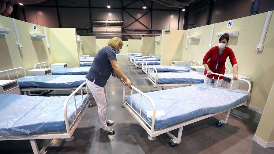 """""""Возможно ужесточение мер"""": в Петербурге растет число заболевших коронавирусом"""