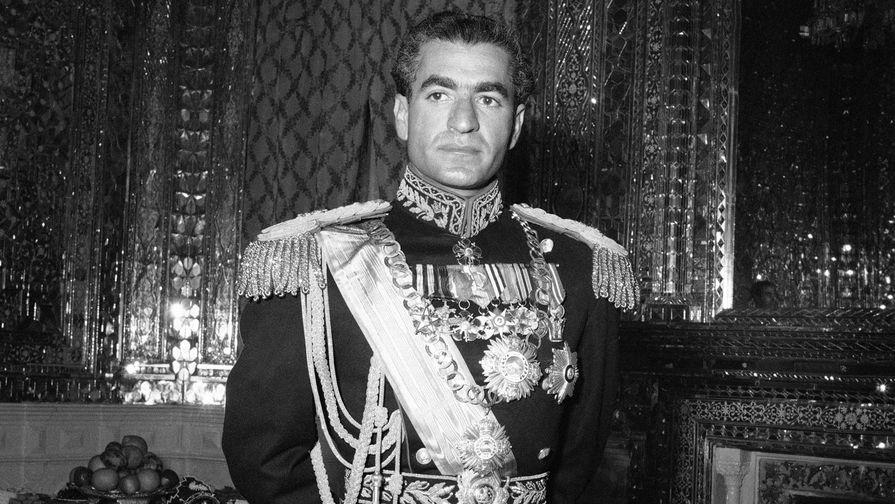 Исторический онлайн бегства шаха Пехлеви из Ирана