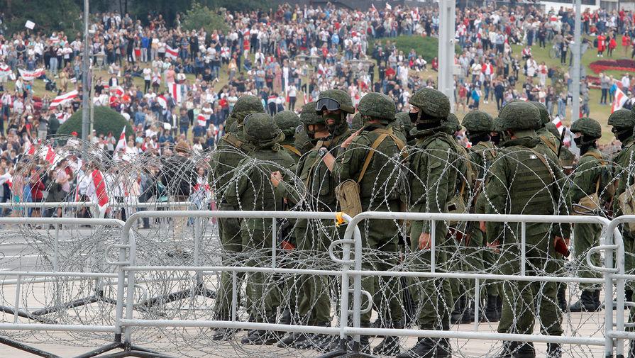 Во время акции протеста в Минске, 23 августа 2020 года