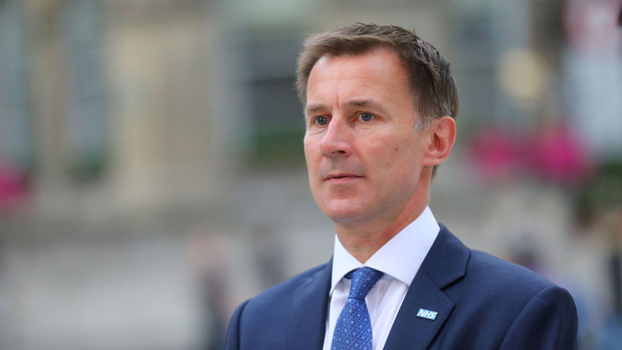 Глава МИД Британии оценил угрозу от решения Мэй по Huawei