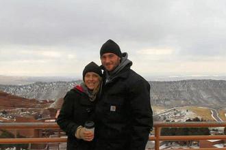 Джеремия Моэн с невестой Меган