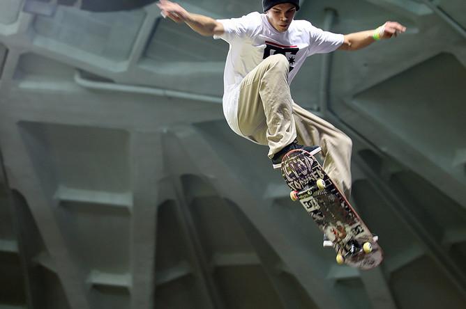 Участник чемпионата World Cup Skateboarding в Москве