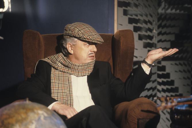 Раймонд Вольдемарович Паулс, лауреат Государственной премии Латвийской ССР, народный артист СССР, композитор, 1988 год