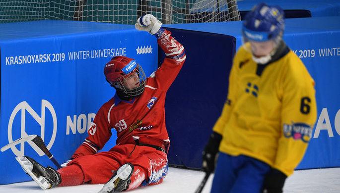 Нападающий сборной России по хоккею с мячом на Универсиаде Владислав Кузнецов