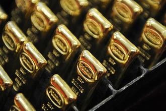 Золотые банковские слитки, отлитые на ОАО «Екатеринбургский завод по обработке цветных металлов»