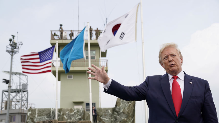 Трампа обвинили в ксенофобии