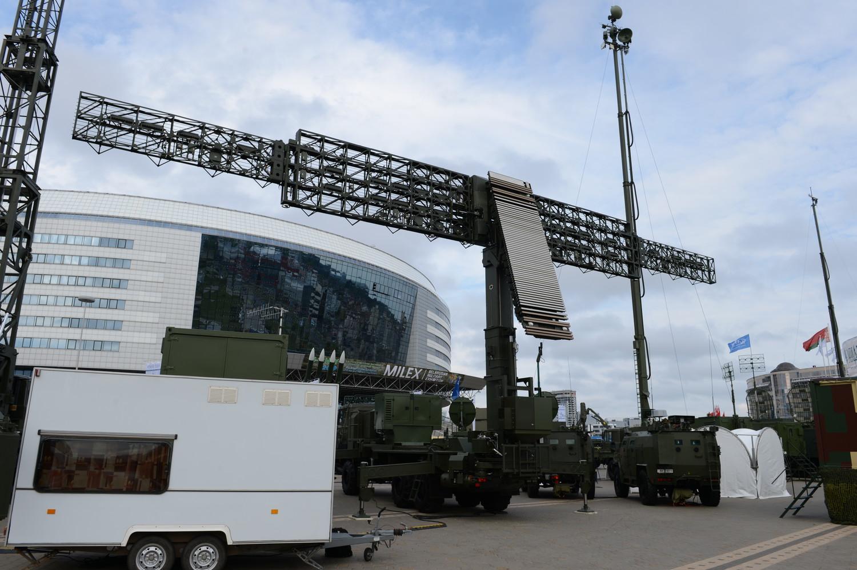 Гордость белорусского радиолокационного вооружения – трехкоординатная комбинированная твердотельная радиолокационная станция VHF и S диапазонов «Восток-3Д».