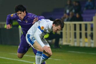 Атакующему хавбеку «Днепра» Евгению Коноплянке сильно досталось во время матча против «Фиорентины»