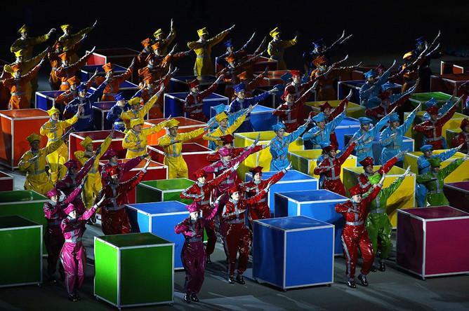 Во время церемонии закрытия XI зимних Паралимпийских игр на стадионе «Фишт»
