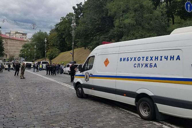 Ситуация на месте взрыва в центре Киева